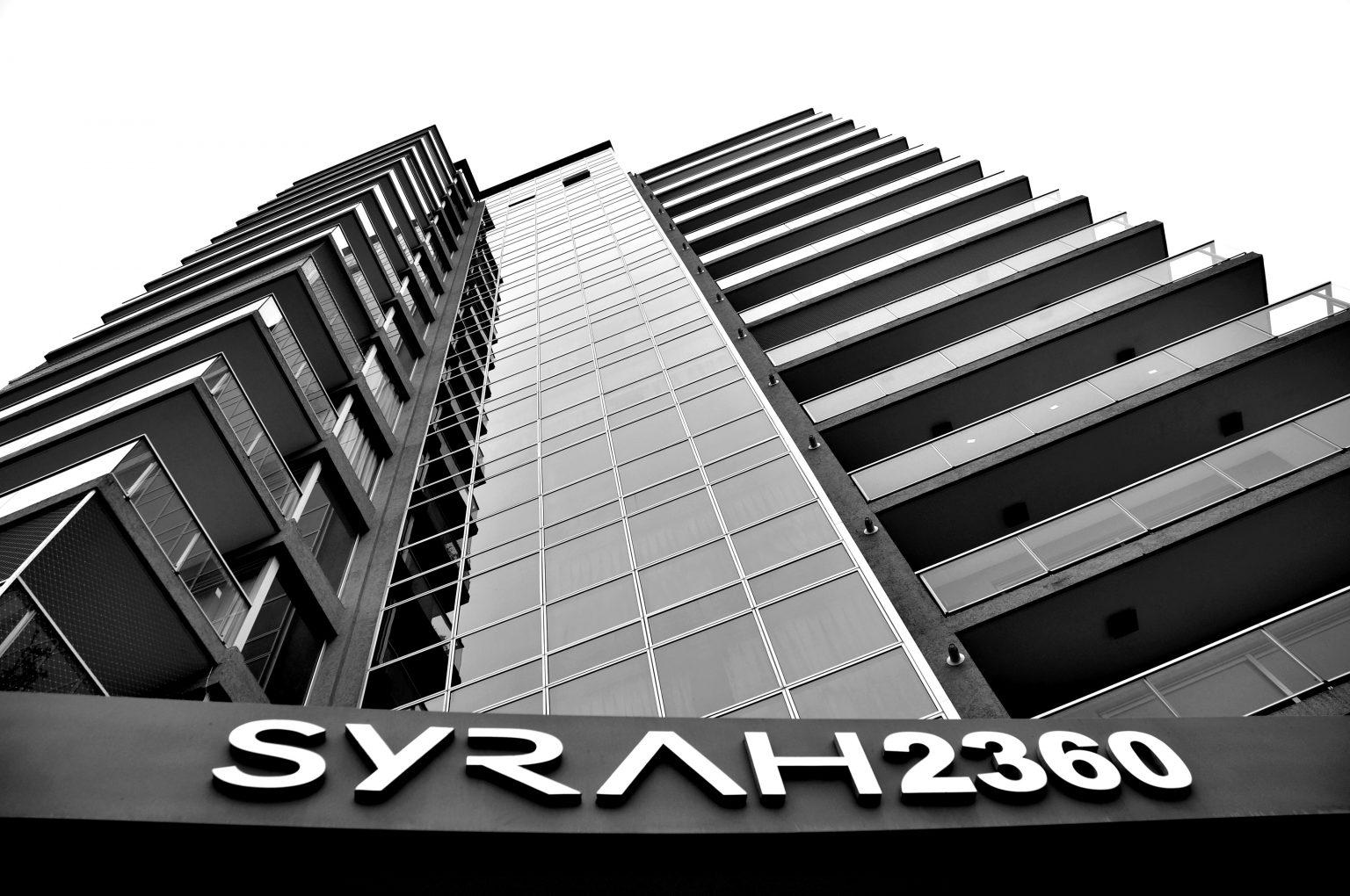 Syrah-2360-Blanco-y-Negro